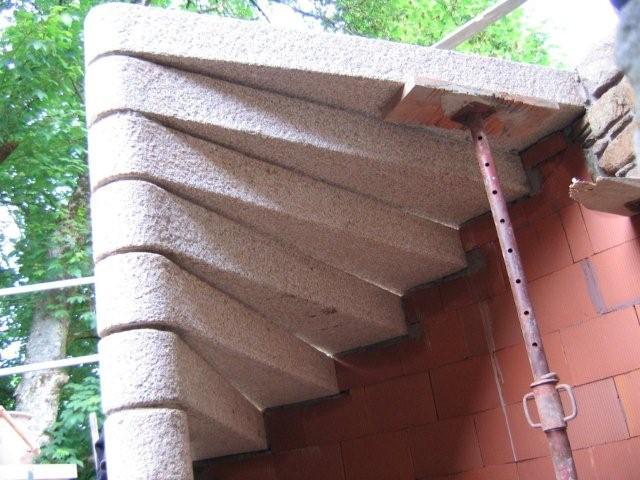 escalier vis en granit morbihan atp sp cialiste en taille de pierre dans le morbihan 56. Black Bedroom Furniture Sets. Home Design Ideas